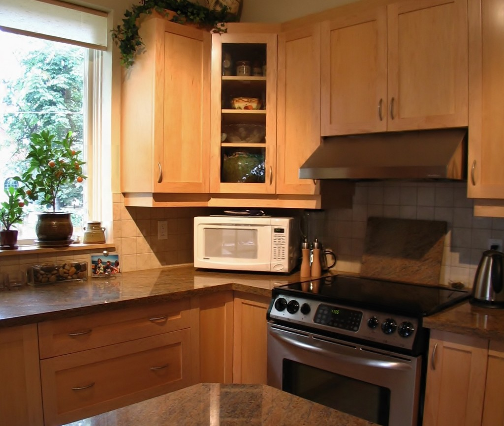 Murphy Kitchen Cabinets (1)